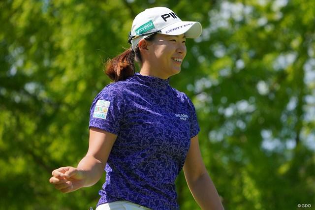 2021年 日本女子プロゴルフ選手権大会コニカミノルタ杯 2日目 渋野日向子 時折見せる笑顔は相変わらず素敵なのです。