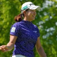 時折見せる笑顔は相変わらず素敵なのです。 2021年 日本女子プロゴルフ選手権大会コニカミノルタ杯 2日目 渋野日向子