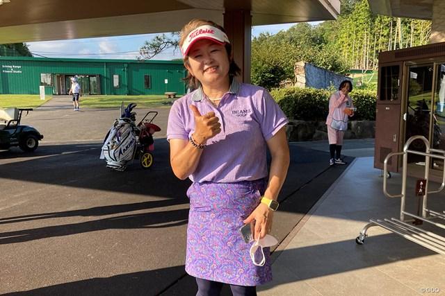 2021年 日本女子プロゴルフ選手権大会コニカミノルタ杯 2日目 原田香里 ラウンド後はこんな笑顔も