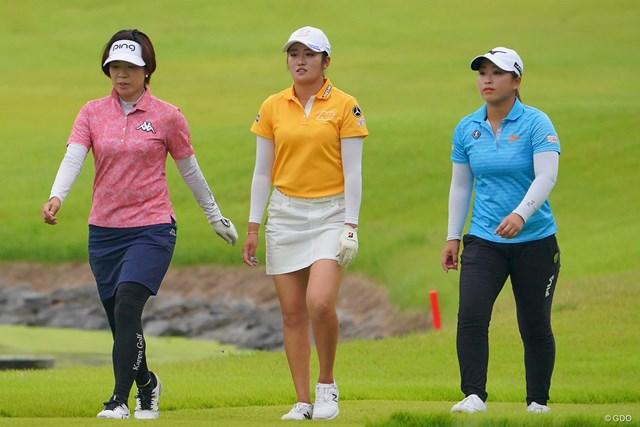 2021年 日本女子プロゴルフ選手権大会コニカミノルタ杯 最終日 最終組 見応えあった最終組の3人。