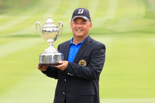 2020年 日本シニアオープンゴルフ選手権競技 最終日 寺西明 前年大会は寺西明がメジャー初優勝を果たした(提供:日本ゴルフ協会)