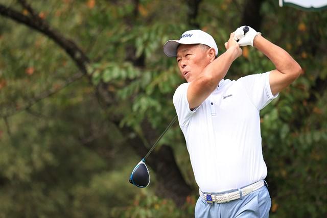 2021年 日本シニアオープンゴルフ選手権競技 初日 伊藤正己 65歳の伊藤正己はエージシュート達成で首位(提供:日本ゴルフ協会)