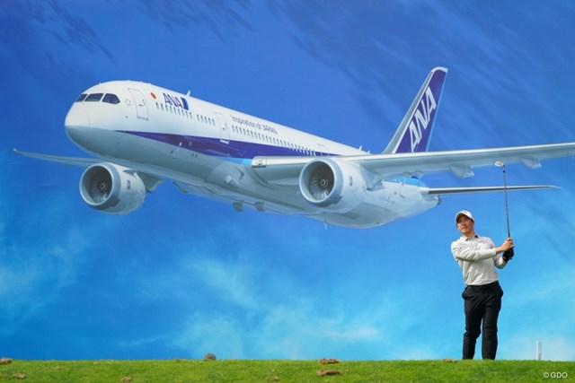 2021年 ANAオープンゴルフトーナメント 初日 石川遼 ジェット機の下でナイスショットか