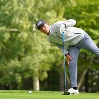 覗き込み 2021年 ANAオープンゴルフトーナメント 2日目 池上憲士郎
