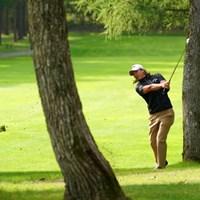 林から打つも木にあたって右ラフへ 2021年 ANAオープンゴルフトーナメント 2日目 石川遼