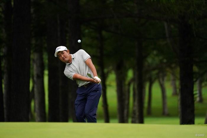 18番アプローチ、入っちゃえばいいのに 2021年 ANAオープンゴルフトーナメント 3日目 金谷拓実