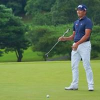 プレーオフ、パーパットはカップをクルリ。 2021年 パナソニックオープンゴルフチャンピオンシップ 4日目 永野竜太郎