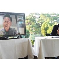 リモートで記者会見に参加した1993年大会覇者の奥田靖己 2021年 日本オープンゴルフ選手権競技  事前 奥田靖己