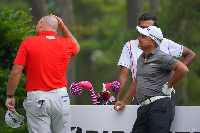 2021年 ブリヂストンオープンゴルフトーナメント 初日 デービッド・ブランスドン ラヒル・ガンジー 「まぁ近いうちにオマエも俺と同じ道を歩むのさ。」