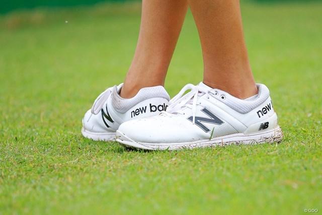 2021年 スタンレーレディスゴルフトーナメント 最終日 稲見萌寧 ニューバランスの稲見萌寧。白は合わせやすい