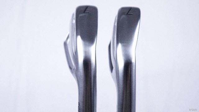 タイトリスト T100 アイアンを筒康博が試打「前作以上にSとの差を感じる」 左T100、右T100S。ソール幅も同じで抜けの良さはどちらも同じくらい◎