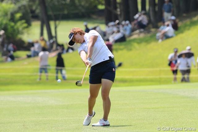 2010年 サントリーレディスオープンゴルフトーナメント 3日目 綾田紘子 綾田さん、昨日せっかくイーグルの写真撮ったのに、UPし忘れてん。今日の画像でごめんなさいね。33位T