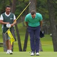最後はジャパニーズスタイルのお辞儀で。 2021年 日本オープンゴルフ選手権競技 最終日 ショーン・ノリス