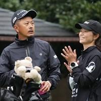 スコア落とすも、キャディさんは前向き 2022年 ZOZOチャンピオンシップ 2日目 岩田寛