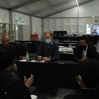 会見を行ったPGAツアー幹部のクリスチャン・ハーディ氏(中央)とクリス・リー氏(右) 2022年 ZOZOチャンピオンシップ  3日目 ZOZO