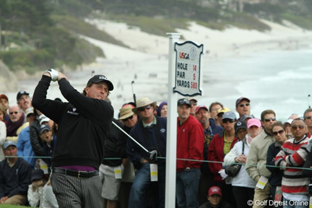 2010年 全米オープン2日目 フィル・ミケルソン スコアを一気に伸ばして一気に上位へ。石川と同じ-1で決勝ラウンドに突入