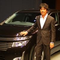 この車なら自らハンドルを握りゴルフ場や高級ホテルにも乗り付けたいという矢野東 2010年 NEW 日産エルグランドカップ 開催発表イベント 矢野東