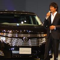 トークショーでは「こんな格好良い車を待っていました」と語る矢野東 2010年 NEW 日産エルグランドカップ 開催発表イベント 矢野東