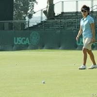 練習グリーンにも大きな傾斜がある。当然、コースのグリーンも傾斜も激しい 2010年 全米女子オープン 事前 森桜子