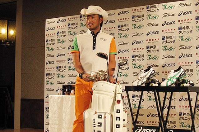 2009年 片山晋呉、新規契約発表会 マスターズを来週に控えて、賞金王の片山晋呉が使用ギアの契約発表を行った
