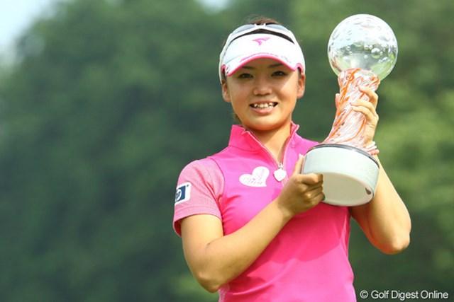 2010年 スタンレーレディスゴルフトーナメント 事前情報 有村智恵 有村智恵が自身初の大会連覇に挑む!