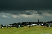 2010年 全英オープン初日 雨雲