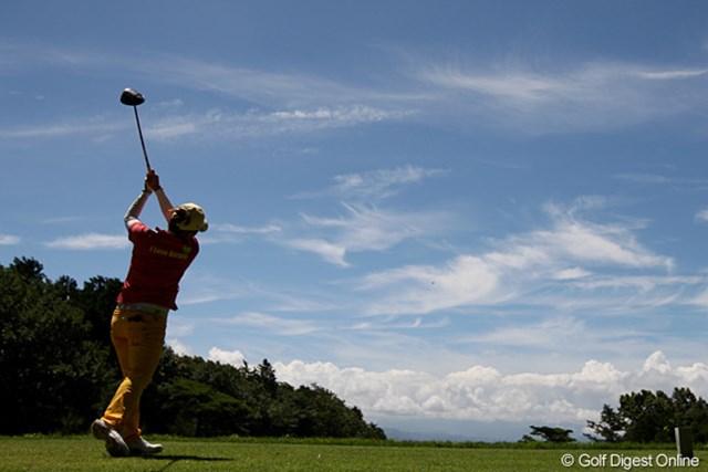 2010年 スタンレーレディスゴルフトーナメント 2日目 廣瀬友美 もう梅雨明けでしょうか?とても暑い1日でした。