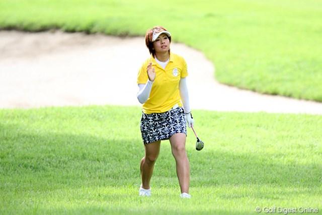 2010年 スタンレーレディスゴルフトーナメント 2日目 森田理香子 本日69でフィニッシュ、もう一人の飛ばし屋です。