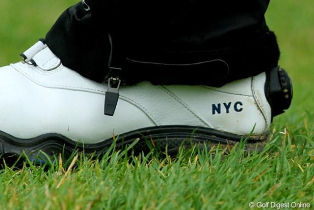 2010年 全英リコー女子オープン2日目 チェ・ナヨン 名前の頭文字をとるとNYC。「ニューヨーク・シティ」です