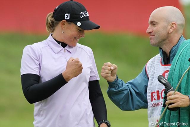 2010年 全英リコー女子オープン3日目 キャサリン・ハル 上がり5ホールを連続バーディで、ヤニ・ツェンに食い下がる!
