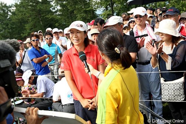 優勝インタビューもニコニコ顔です。