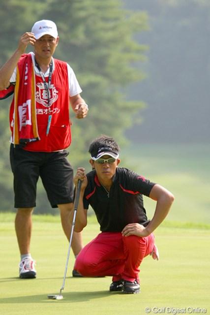 2010年 関西オープンゴルフ選手権競技初日 上井邦浩 課題となっているパットが好調、3位タイ発進とした上井邦浩