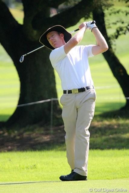 2010年 関西オープンゴルフ選手権競技初日 クリス・キャンベル えらく涼しげな帽子を被っていたC.キャンベル。用意周到ですね