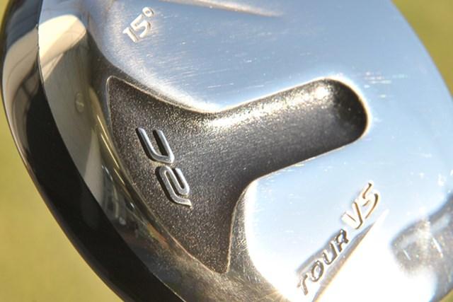 新製品レポート ロイヤルコレクション BBD'S ツアーVS フェアウェイウッド NO.1 「ロイヤルコレクション BBD'S ツアーVS フェアウェイウッド」を試打レポート