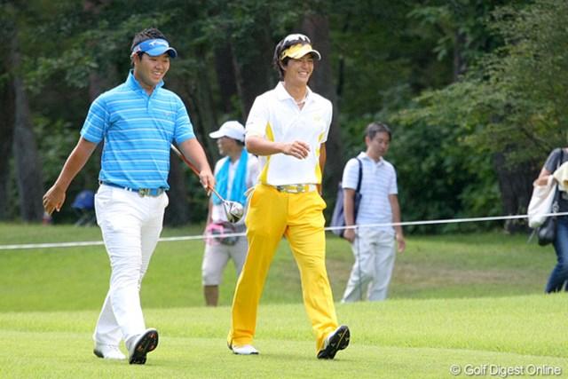 2010年 フジサンケイクラシック3日目 石川遼 薗田と談笑する場面も多く見られた石川遼。先輩の前で圧巻のプレーを披露した