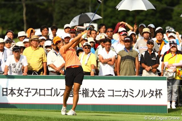 2010年 日本女子プロゴルフ選手権大会コニカミノルタ杯3日目 藤田幸希 メジャータイトルに王手!4打差で最終日を迎える藤田幸希