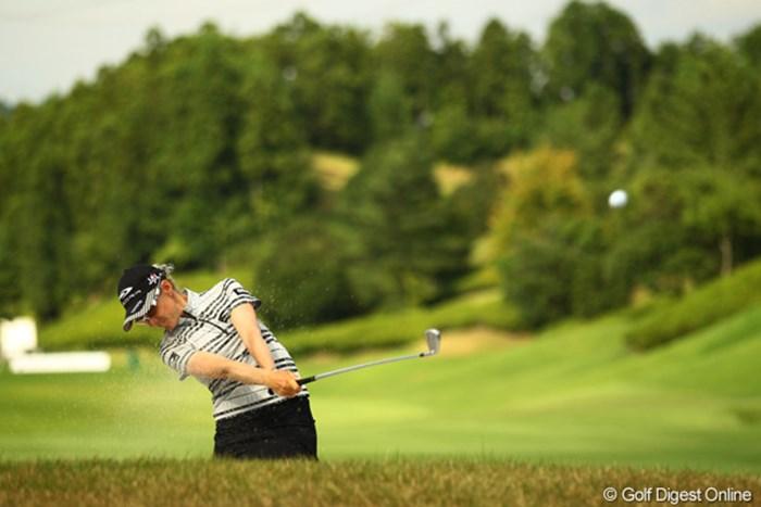 前半4つスコアを伸ばし、藤田を猛追するも、後半にスコアを伸ばせませんでした。9アンダー単独2位です。 2010年 日本女子プロゴルフ選手権大会コニカミノルタ杯最終日 ニッキー・キャンベル