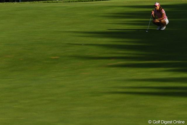2010年 日本女子プロゴルフ選手権大会コニカミノルタ杯最終日 上田桃子 どうしちゃったんでしょう???応援虚しく、何と今日は7オーバーの大乱調。何だか毎日淋しい写真が並んでしまいました。15オーバー59位タイです。