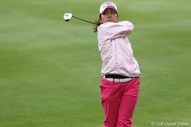 2010年 ミヤギテレビ杯ダンロップ女子オープンゴルフトーナメント2日目 宮里美香 あわや失格という事態を免れた宮里美香。2打差の4位タイから逆転優勝を狙う
