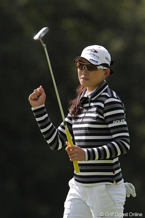 気合の入ったプレーを見せるイム・ウナ 2010年 ミヤギテレビ杯ダンロップ女子オープンゴルフトーナメント最終日 イム・ウナ