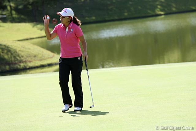 2010年 ミヤギテレビ杯ダンロップ女子オープンゴルフトーナメント最終日 宮里美香 4番ホール、バーディです。しかしこのあとバーディが取れずに後退