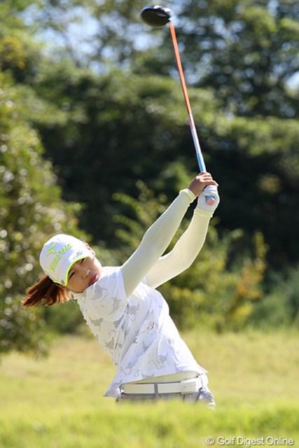 2010年 ミヤギテレビ杯ダンロップ女子オープンゴルフトーナメント最終日 イ・ナリ 最終組でのイ・ナリ、4アンダー、2位タイでフィニッシュ、韓国勢同士での優勝争いに満足?