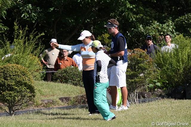 2010年 ミヤギテレビ杯ダンロップ女子オープンゴルフトーナメント最終日 朴インビ 最終18番でまさかの池ポチャの朴インビ、これがなければと思うと残念です