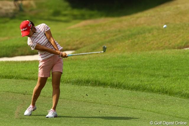 2010年 日本女子プロゴルフ選手権大会コニカミノルタ杯 最終日 藤田幸希 フェアウェイをキープできれば、攻めのショットでバーディチャンスにつけます!