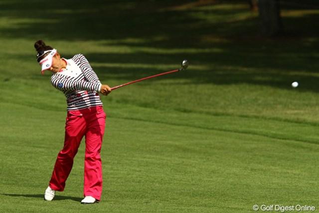 2010年 日本女子オープンゴルフ選手権競技最終日 有村智恵 冴え渡ったショットに満足の表情を浮かべていた有村智恵。充実の4位フィニッシュとなった