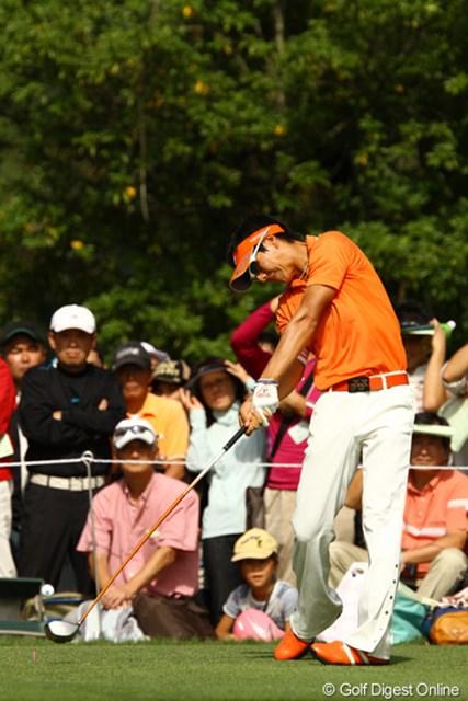 2010年 日本オープンゴルフ選手権競技 3日目 石川遼 昨年のようなムービングサタデーにはなりませんでした。スコアを1つ伸ばして、5アンダー単独6位です。