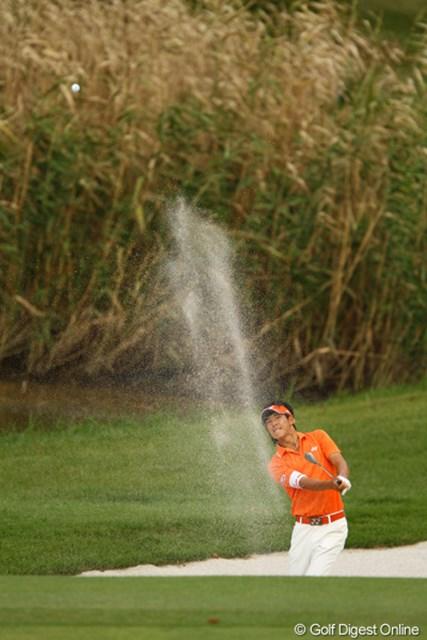 2010年 日本オープンゴルフ選手権競技 3日目 石川遼 15番パー4、今日は1オンならず・・・。