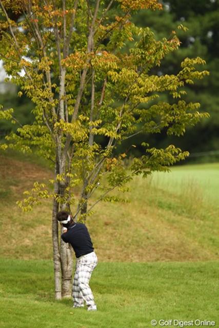 2010年 日本オープンゴルフ選手権競技 最終日 藤田寛之 「大丈夫かな?当たらないかな?」