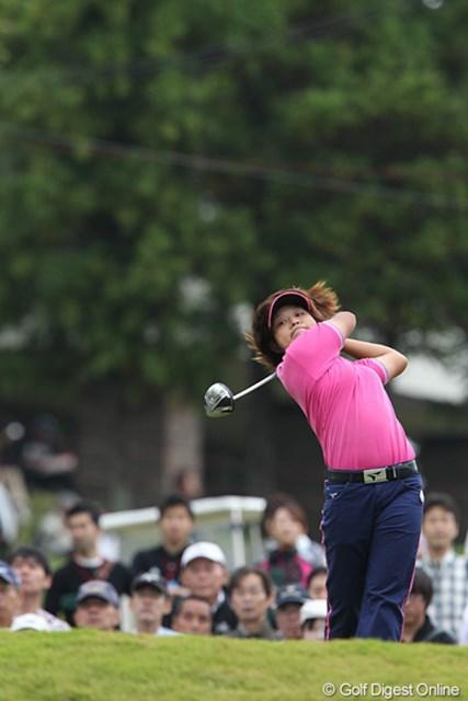 2010年 富士通レディース 最終日 野村敏京 韓国のアマチュア高校3年生がローアマを獲得、12位タイ。