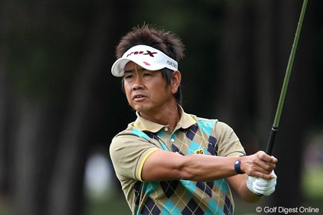 ショットに不満を唱えるものの、1打差の2位タイに浮上した藤田寛之